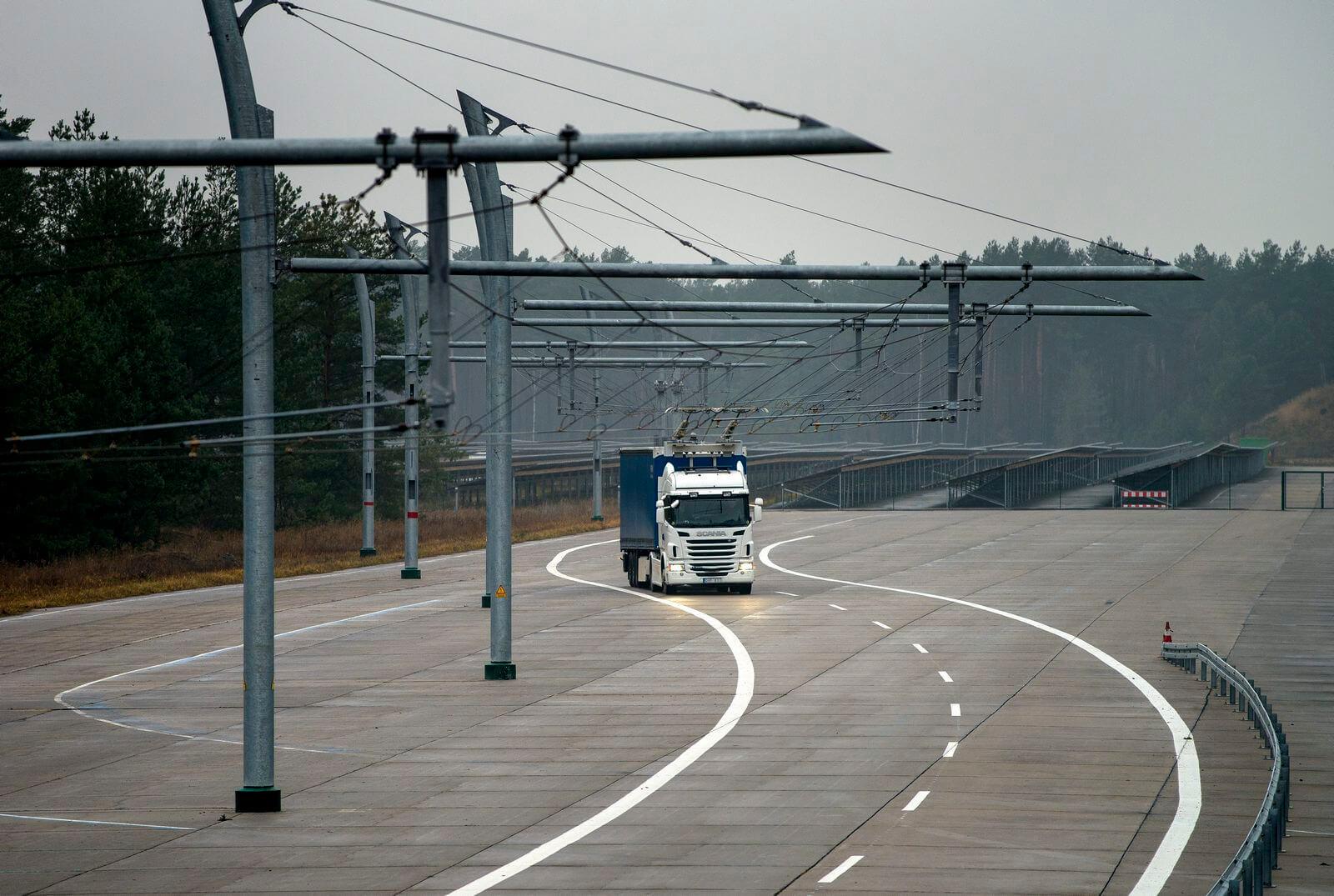 Commercial trolley trucks